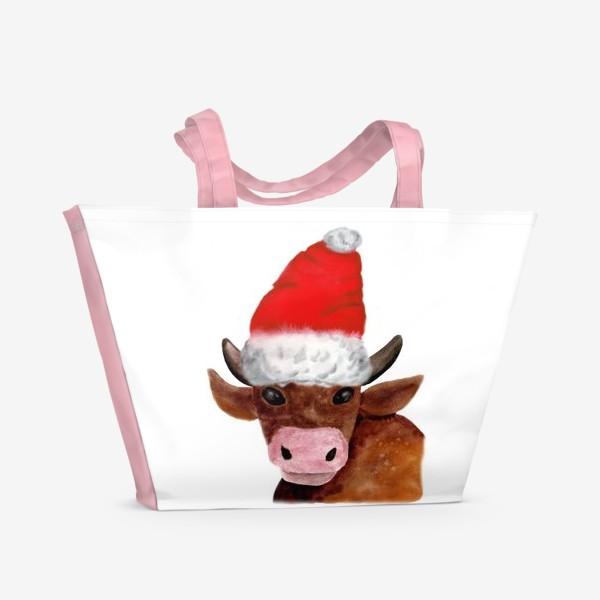 Пляжная сумка «Новогодний бычёк в красном колпаке»