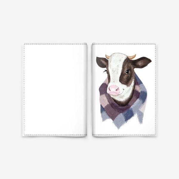 Обложка для паспорта «Корова в вязаном шарфике»