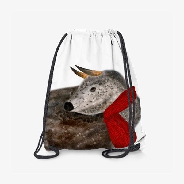 Рюкзак «Новогодний пятнистый бык в красном шарфе»