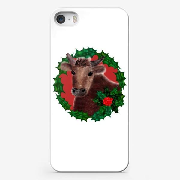 Чехол iPhone «Новогодний бык Гриша в венке из остролиста»