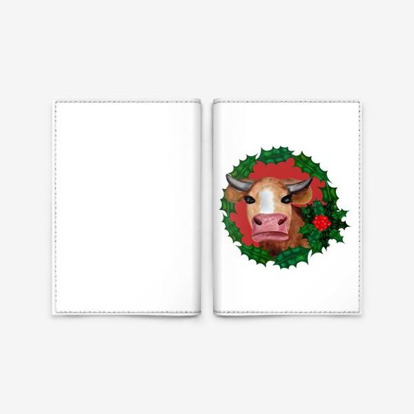 Обложка для паспорта «Новогодняя корова в венке из остролиста»