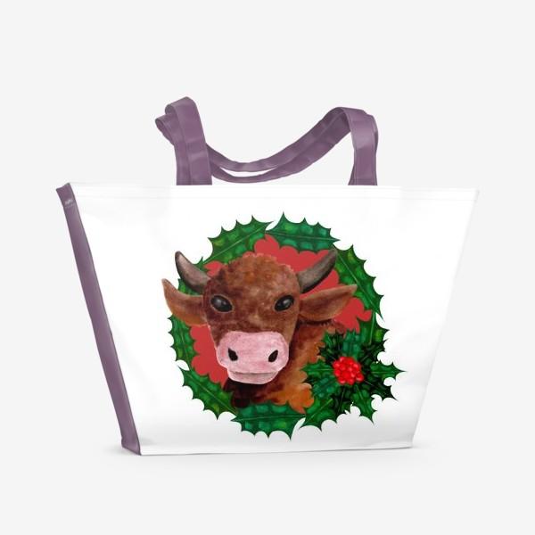 Пляжная сумка «Новогодний бык в венке из остролиста»
