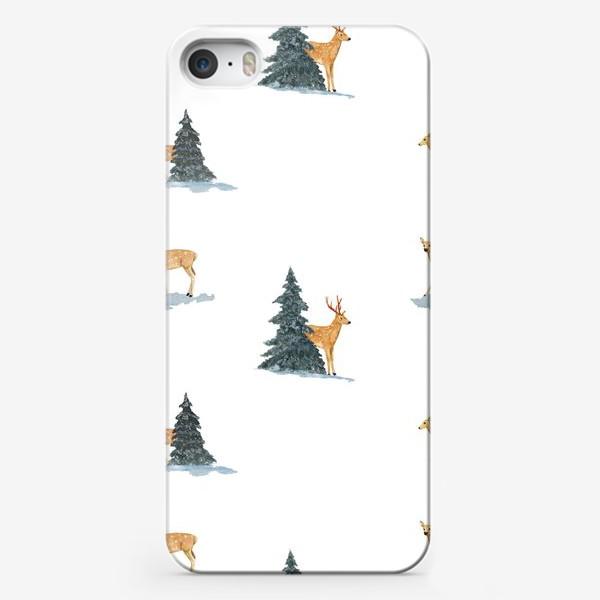 Чехол iPhone «Олени в заснеженом зимнем лесу. Новогодний акварельный паттерн»