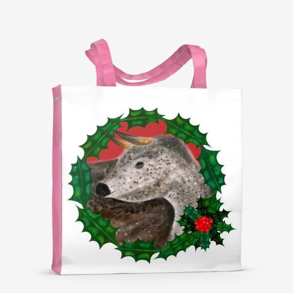Сумка-шоппер «Пятнистый новогодний бык в венке из остролиста»