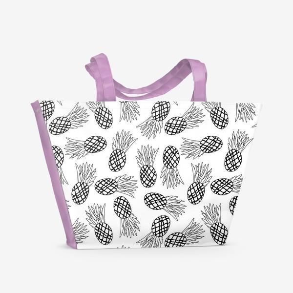 Пляжная сумка «Минималистичный черно-белый паттерн с ананасами»