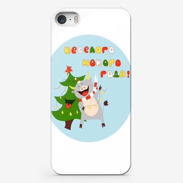 Чехол iPhone «Бык с елкой Рождественский бык с гирляндой Смешной новогодний персонаж»