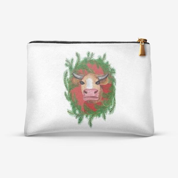 Косметичка «Новогодняя бурёнка в красном свитере с еловым венком»