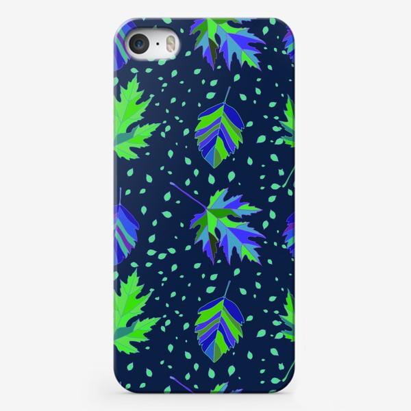Чехол iPhone «Бесшовный фон с осенними лесными листьями.»