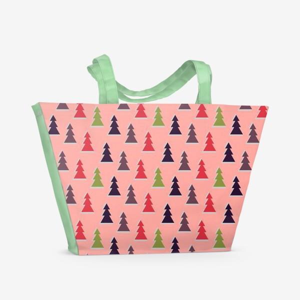 Пляжная сумка «Треугольные разноцветные новогодние елки»