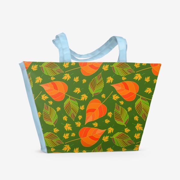 Пляжная сумка «Бесшовный фон с осенними лесными листьями.»