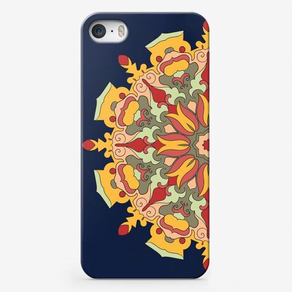 Чехол iPhone «Круговой орнамент в восточном стиле»