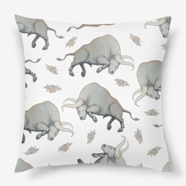 Подушка «Bulls pattern»