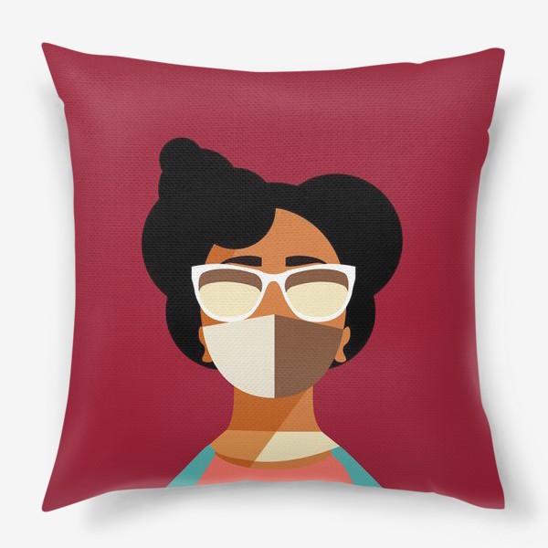 Подушка «девушка в маске»