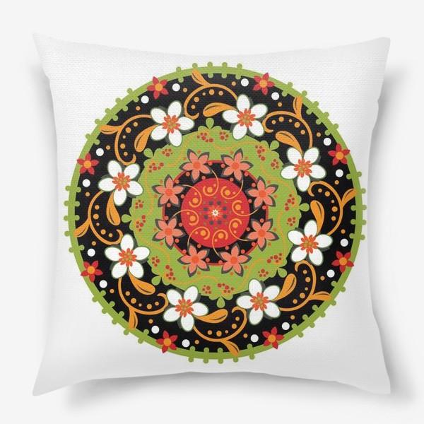 Подушка «Цветочный узор в русском народном стиле»
