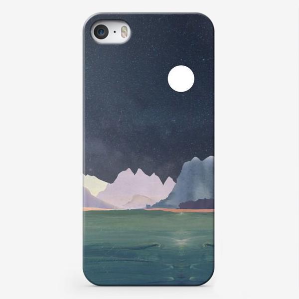Чехол iPhone «Звездное небо с луной над горами и океаном »