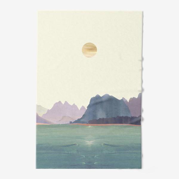 """Полотенце «Пейзаж в стиле минимализм: """"Изумрудное море, небо и горы"""", пастельные тона »"""