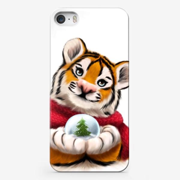 Чехол iPhone «Новогодний тигр в красном шарфе»