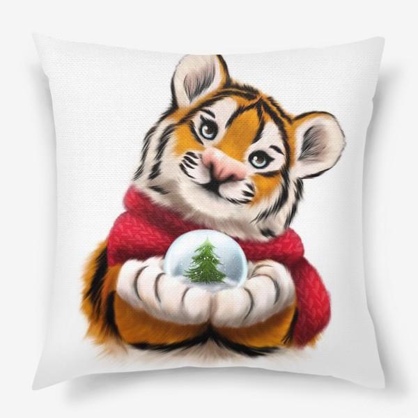 Подушка «Новогодний тигр в красном шарфе»