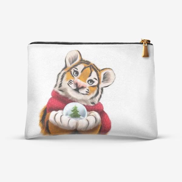 Косметичка «Новогодний тигр в красном шарфе»