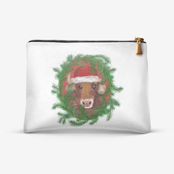 Косметичка «Новогодний бык Вася в красной шапочке с еловым венком»