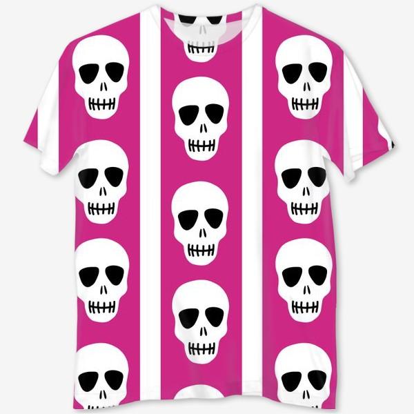 Футболка с полной запечаткой «Белые черепки на розово-белом полосатом фоне. Гламурная готика»