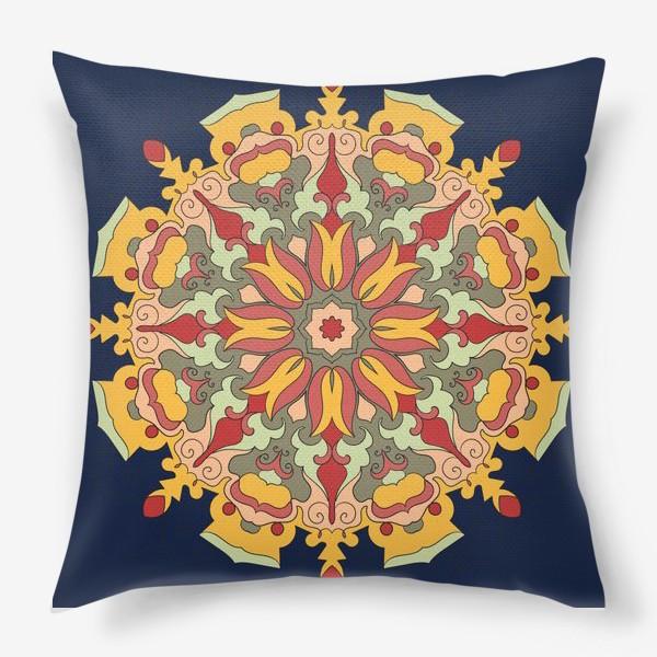 Подушка «Круговой орнамент в восточном стиле»