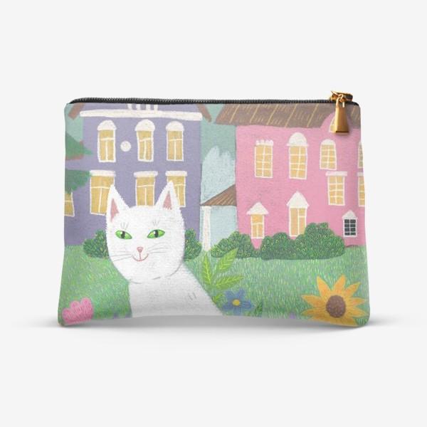 Косметичка «Милая белая кошка в летнем саду.»