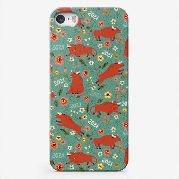 Чехол iPhone «Милые быки в цветах»