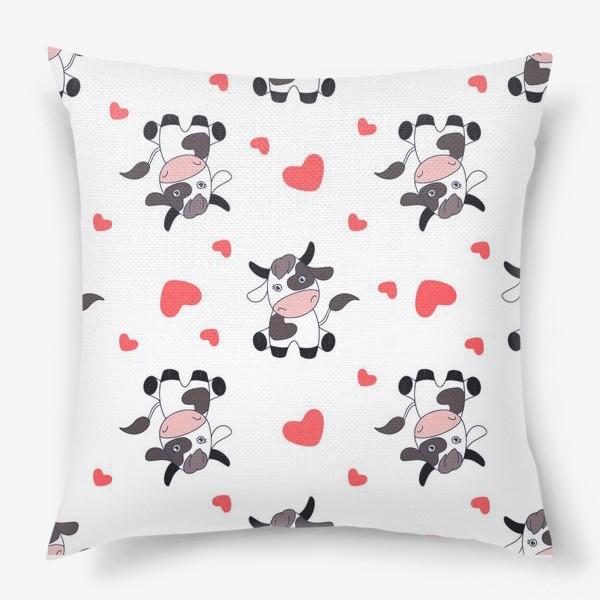 Подушка «Корова паттерн»