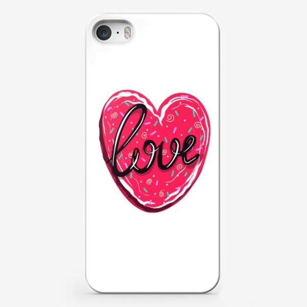 Чехол iPhone «Сладкое сердце с надписью любовь.  Имбирное печенье или кексик на День Святого Валентина»