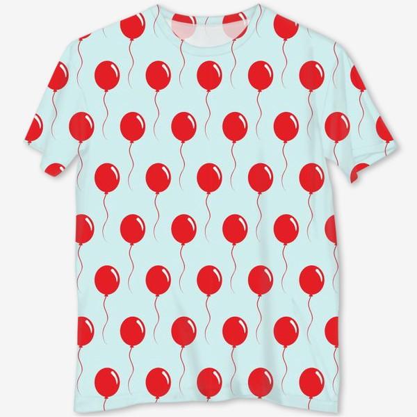 Футболка с полной запечаткой «Красные воздушные шарики на веревке на голубом фоне»