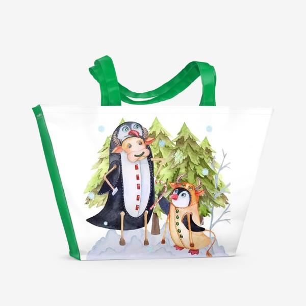 Пляжная сумка «Год быка. Новогодняя открытка с пингвином и быком.»
