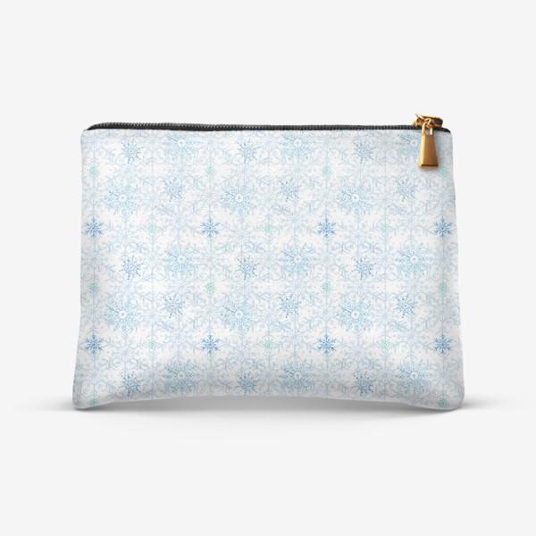 Косметичка «Голубые снежинки»