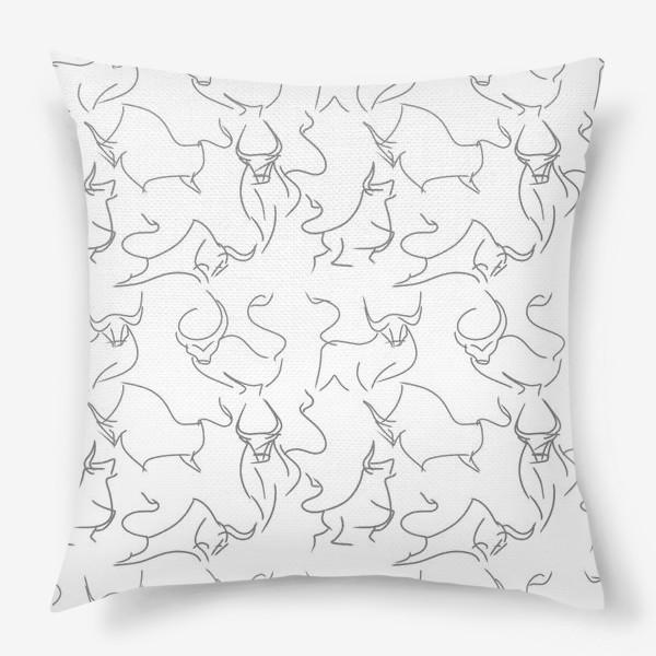 Подушка «Паттерн быки на белом»