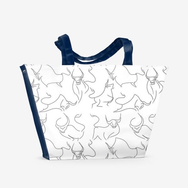 Пляжная сумка «Паттерн быки на белом»