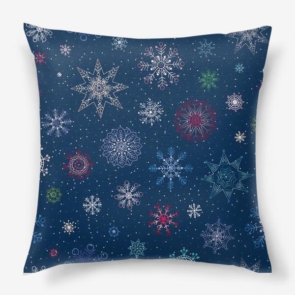 Подушка «Снежинки»