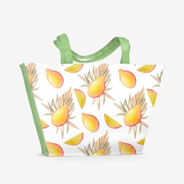 Пляжная сумка «Манго и листья. тропический паттерн»