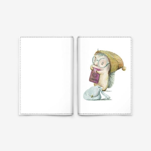 Обложка для паспорта «Ежик-путешественник»