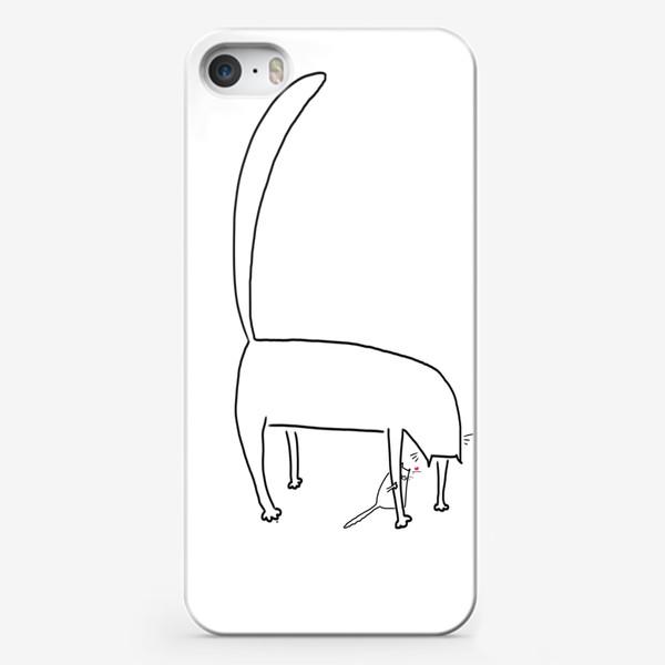 Чехол iPhone «Кошка и котенок за ее лапкой »