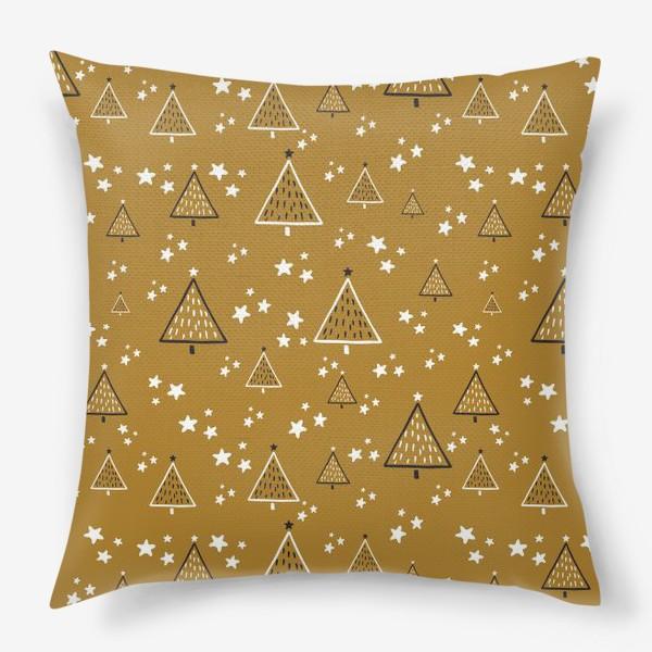 Подушка «Новый год, ёлки на золотом фоне»