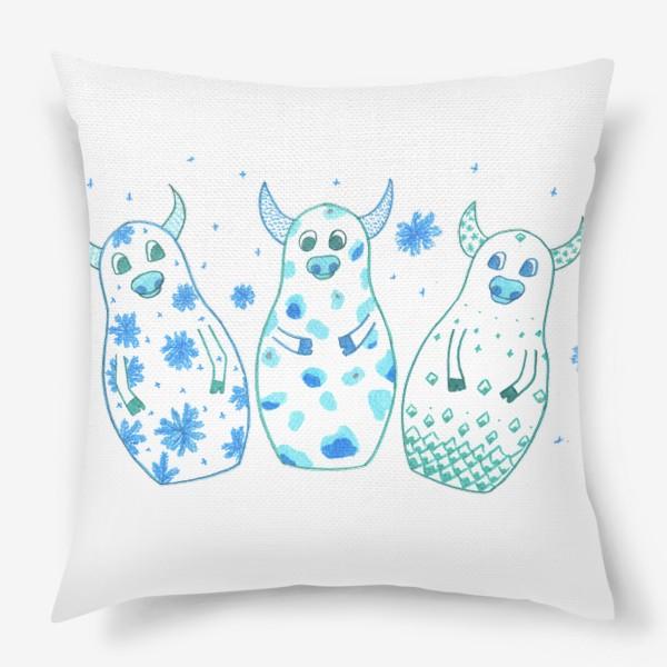 Подушка «Быки - матрёшки. Зима»