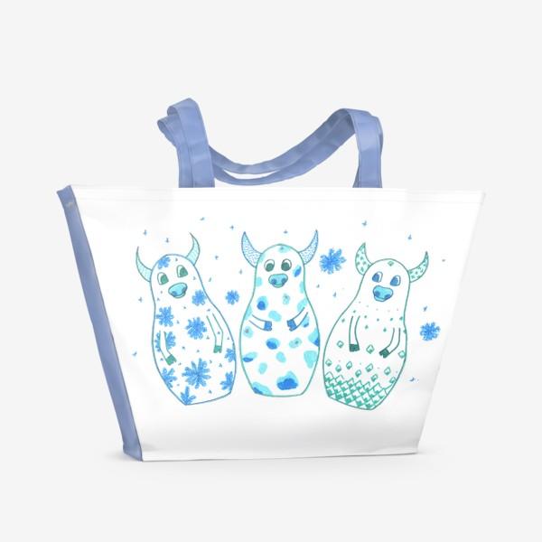 Пляжная сумка «Быки - матрёшки. Зима»