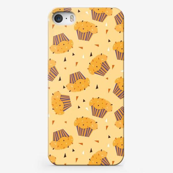 Чехол iPhone «Капкейки на желтом»
