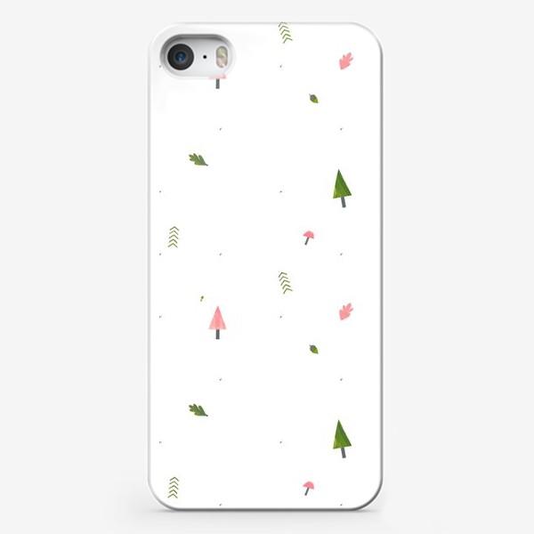 Чехол iPhone «Лес на белом (паттерн, елки, листья, грибы, желуди)»