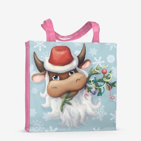 Сумка-шоппер «Весёлый новогодний бычок в шапке Деда Мороза с еловой веткой и новогодними игрушками (на фоне со снежинками)»