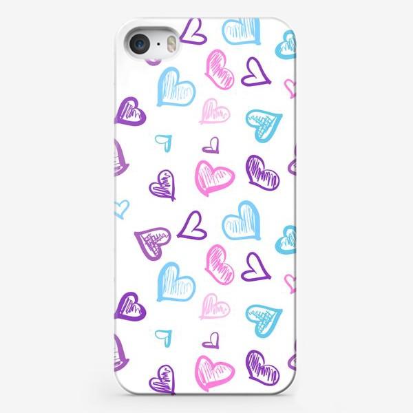 Чехол iPhone «Яркие разноцветные сердечки паттерн »