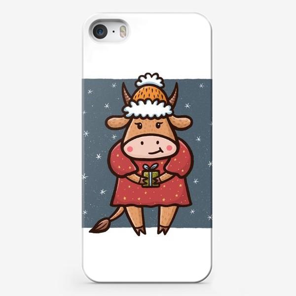 Чехол iPhone «Милая корова с подарком. Новый год 2021»