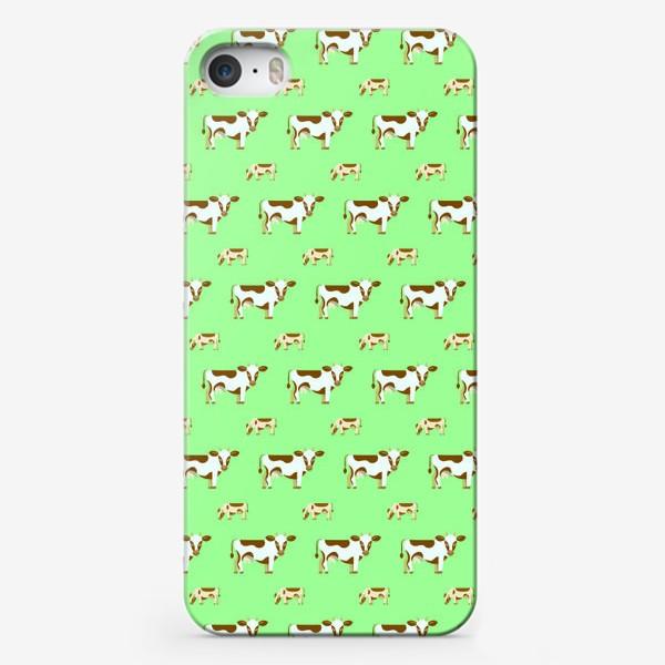 Чехол iPhone «Смирные коровы»