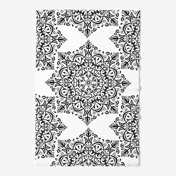 Полотенце «Паттерн из черно-белого орнамента»