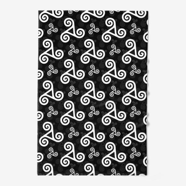 Полотенце «Черно-белые трискели»